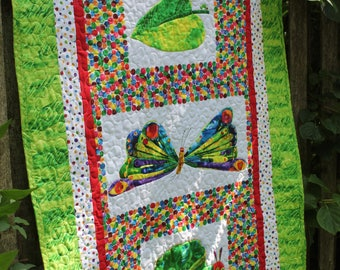 Custom Very Hungry Caterpillar Quilt with Stuffed Caterpillar Toy // Toddler Quilt // Baby Boy // Baby Girl // Baby Quilt // Gender Neutral