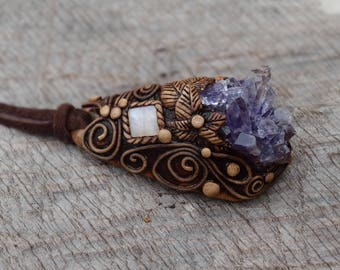 SHIPPING INCLUDED  Amethyst and Moonstone Pendant