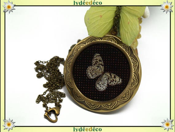 Necklace photo retro vintage resin butterflies and black brass beige and taupe Locket 45 mm diameter