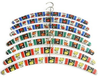Vintage padded clothes hangers MOD floral print, Set of 7