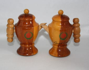Vintage Wooden Coffee Pot Souvenir Salt & Pepper Shakers