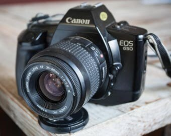 Working Vintage Canon EOS 650 35mm Film Camera with Zoom Lens