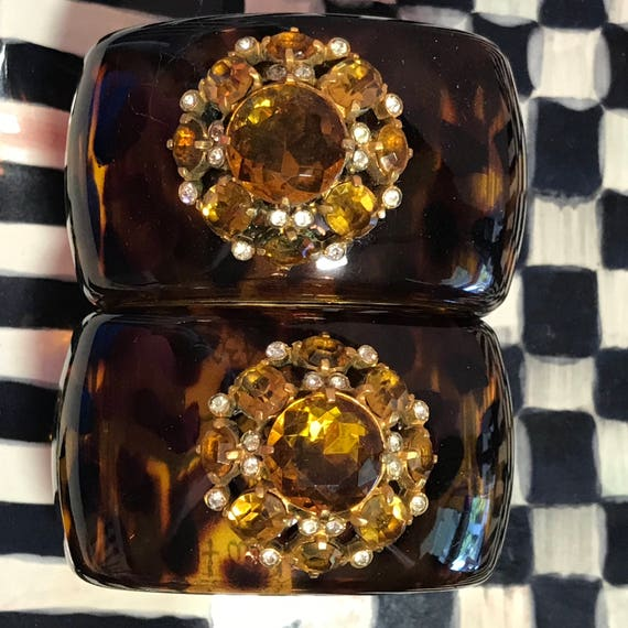 Diamonds and Rust Original Design Vintage Bracelet Eisenberg Era Button