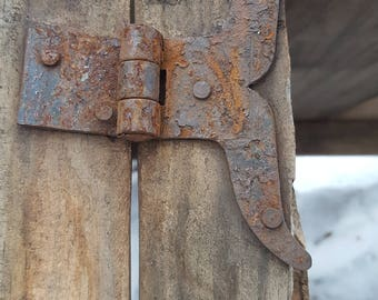Set Of 4 Rustic T Hinges Metal Strap Cabinet Whale Tail Shaped Two Pairs  Barn Door