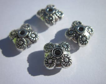 4 reversible pearls in metal silvered (2042)