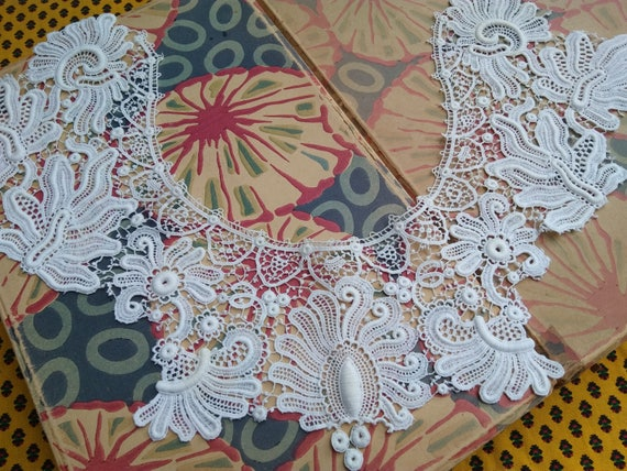 Antique Guipure Lace Collar White Floral Collar Cotton Lace Bridal Collar Sewing Project #sophieladydeparis
