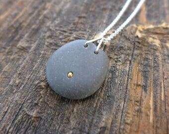 Beach stone and brass necklace 4