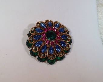 Beautiful Signed Capri Brooch or Necklace