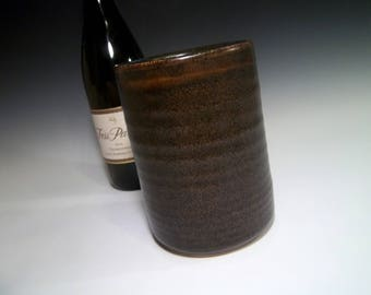 Stylish Stoneware Ceramic Pottery Wine Chiller in Brown Speckle