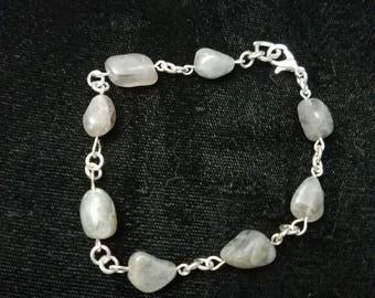 Labradorite nugget bracelet