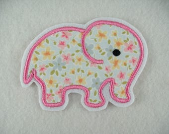 Embroiderer, Elephant, 10 x 7 cm (211)