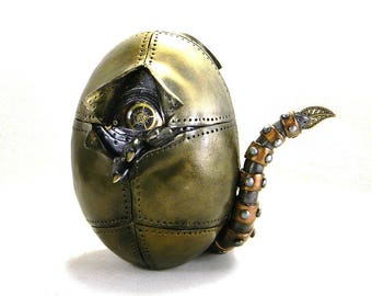 Steampunk Egg/Industrial Hatching Creature Egg