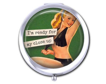 Pin up girl pocket mirror, vintage pin up compact mirror, girlfriend gift for her, funny, snarky, humorous gift.