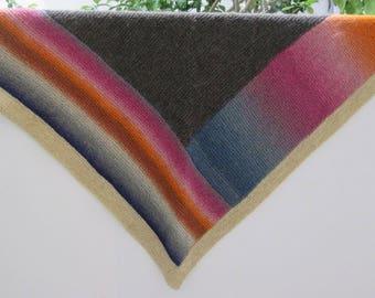 Hand Knit Triangular Shawl. 100% Wool. Winter Shawl. Ready to Ship.