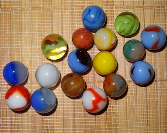 Lot of 17 Vintage Marbles / Glass Marbles / Toy Marbles / Game Marbles / Craft Supplies / Marble Lots / Lot #28