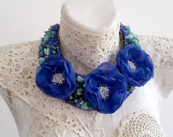 Statement necklace with blue poppies flower, Poppies Decoration, Embroidery jewellery, Flower collar, Red collar, Embroidery necklace