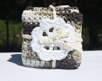 Crochet Baby Washcloths - Brown and White Washcloths - Washcloth Set - Baby Crochet Bath Gift