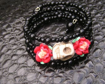 Day of the Dead Bracelet Wrap Around Mini fimo flowers 18mm cream skull Black glass E Beads Frida Memory wire