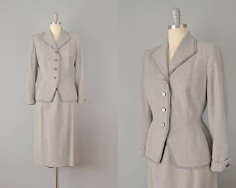 40s Suit // 1940's Lightweight Grey Wool Suit // Medium