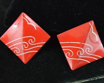 Vintage red and white enamel pierced earrings 1980s