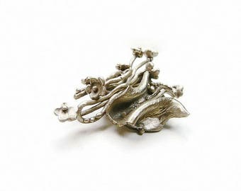Look white brooch silver vintage flowers on branches