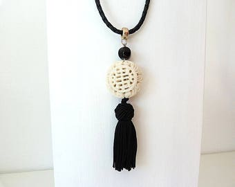 Leather necklace made of Horn and Onyx and cotton tassel