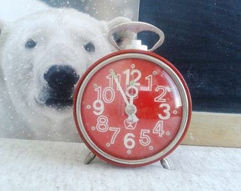 "Vintage Soviet Alarm Clock ""Vitjaz"" -Red Mechanical Alarm Clock Made in USSR - Retro Home Decor"