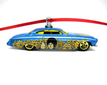 The Beatles Paul McCartney Fish'D N Chi'D Car Hot Wheels Ornament