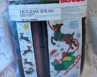 Bernat Cross stitch kit W00022 Santa's Journey Vintage 1979 Sealed