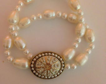 natural fresh water pearls stretch bracelet with designer button, handmade