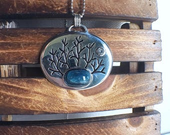 Indicolite pendant, tourmaline pendant, nature jewelry, tree pendant, gift for her, gift for mom, ooak pendant, crystal pendant, unique gift