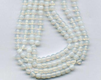 20 round beads 4 mm white opal glass