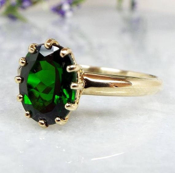 Vintage 9ct Yellow Gold Green Chrome Diopside Solitaire Statement Ring / Size S 1/2