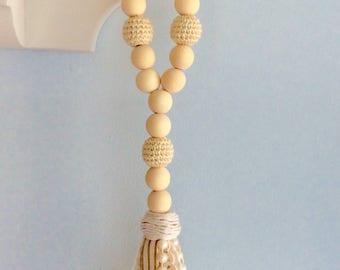 Ivory farmhouse bottle beads