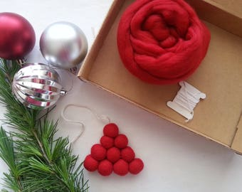 Christmas Craft kit, Christmas Tree Decoration wet felting kit with easy to follow instuctions