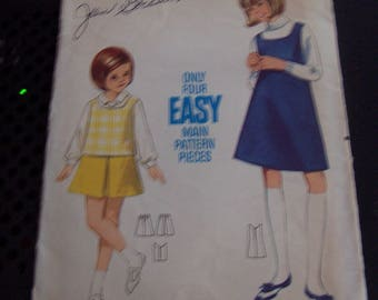 Girls Jumper or Top & Skirt Pattern Butterick 4573 Scoop Neck Jumper Top Inverted Pleat Skirt Girls Sewing Pattern Size 4 Vintage Pattern