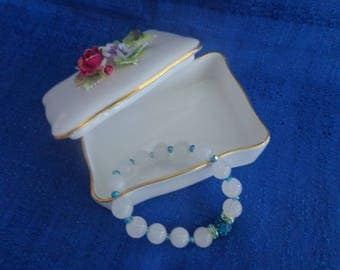 White Stretch Bracelet,White Quartz Bracelet with blue Accents,Blue and White Bracelet