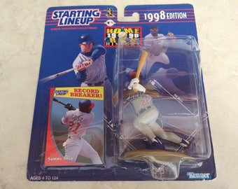 Vintage Starting Lineup 1998 Edition Sammy Sosa Record Breaker Figure NEW IN BOX Collectible