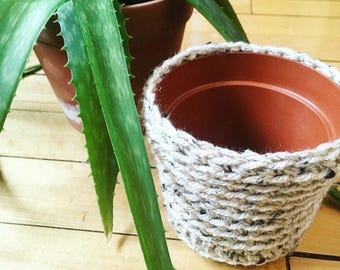 Au Naturel | Crocheted Planter Cover / Plant Cozy