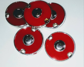 X 1 large red/silver connector