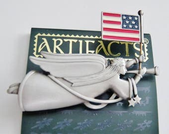 JJ Jonette Flying Trumpeting Patriotic Angel W/ Articulating American flag