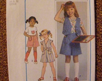 ON SALE 35% OFF 1970's Girls' Pantskirt / Top / Vest Knit Uncut Simplicity Sewing Pattern 8042 Size 4 5