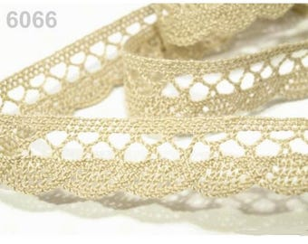 6066 - 18 mm caramel beige cotton lace Ribbon