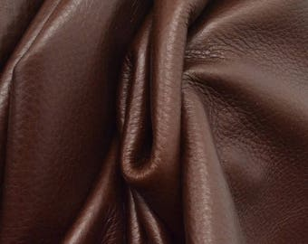 "Sassy Seal Brown ""Butterlicious"" 4.3 Sq Ft 3 oz Leather Cowhide Project Piece grainy DE-66049 (Sec. 2,Shelf 1,A)"