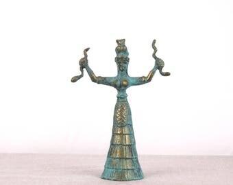 Snake Goddess, Museum Replica, Minoan Statue, Minoan Art, Brass Statue, Greek Sculpture, Minoan Sculpture, Greek Statue, Minoan Decor