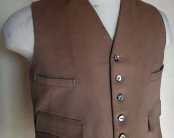 Gentleman's Vintage 1960s Beige Waistcoat
