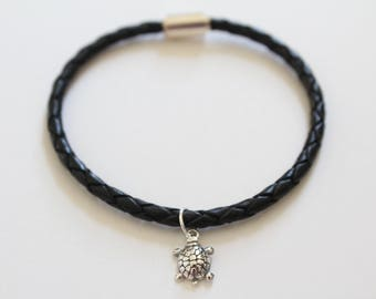 Leather Bracelet with Sterling Silver Turtle Charm, Turtle Charm Bracelet, Turtle Bracelet, Turtle Pendant Bracelet, Silver Turtle Bracelet
