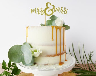 Mrs & Mrs / Lesbian Wedding Cake Topper / Two Brides / Gold Wedding Decor / Calligraphy Cake Topper / Metallic wedding / Mrs and Mrs