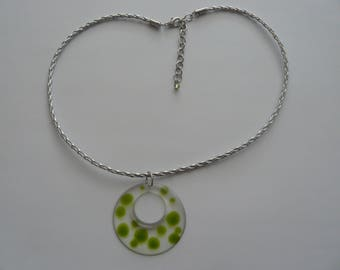 Necklace with clear resin pendant and drops Green