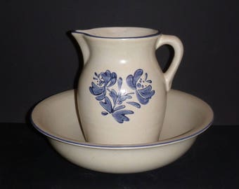 Pfaltzgraff Yorktowne,  Pitcher and Bowl, Yorktowne Basin set, Pfaltzgraff Set, Wash basin set, Yorktowne Pitcher,